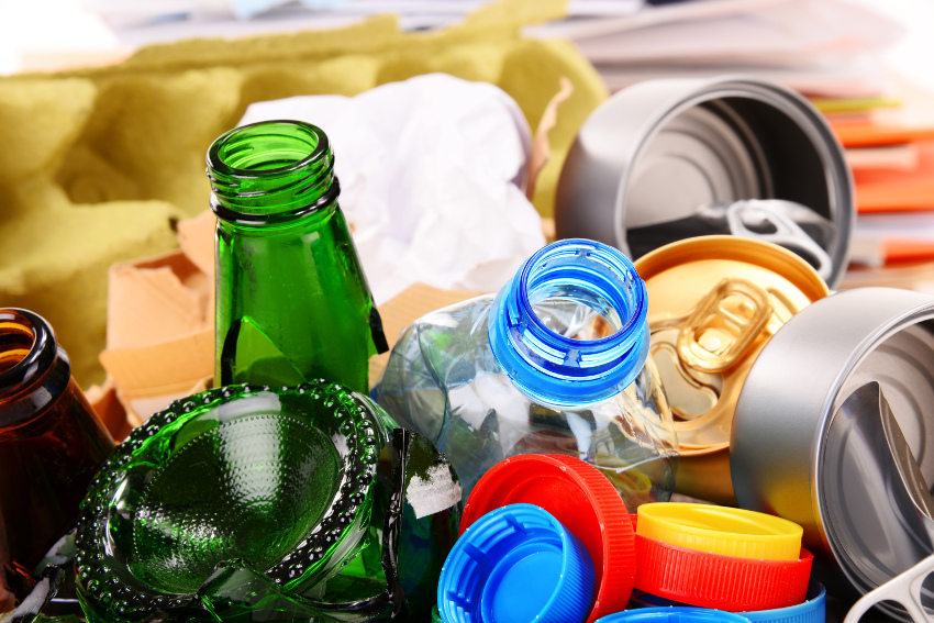 How to manage your plastic bottle recycling and trash removal